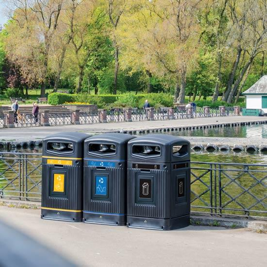 Уличный закрытый контейнер на 240 литров Англия