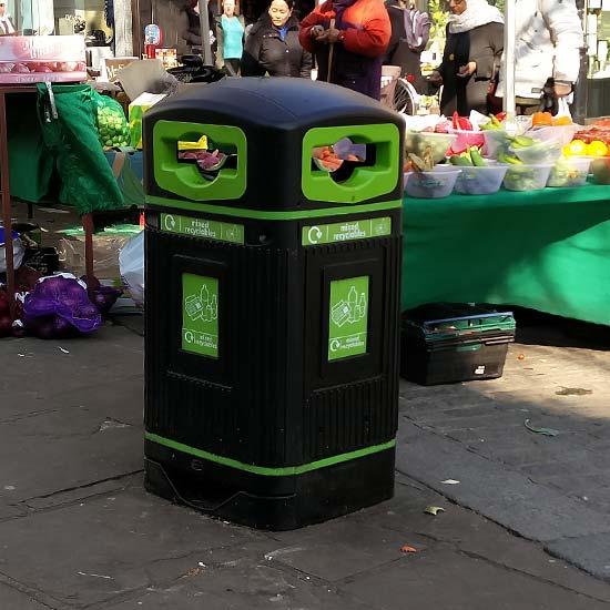 Прямоугольная уличная мусорная урна с закрытым верхом Glasdon Jubilee