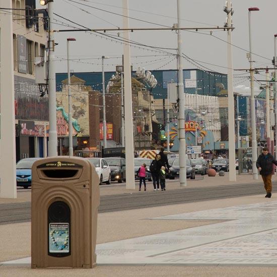 Уличный мусорный контейнер Glasdon Nexus 360 литров