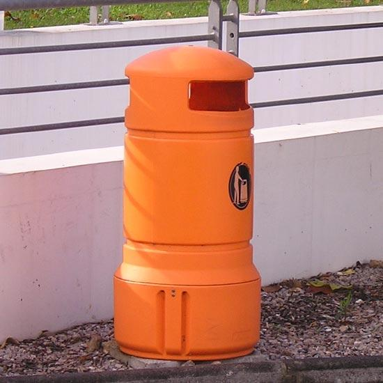 Урна мусорная оранжевая Glasdon plaza mini