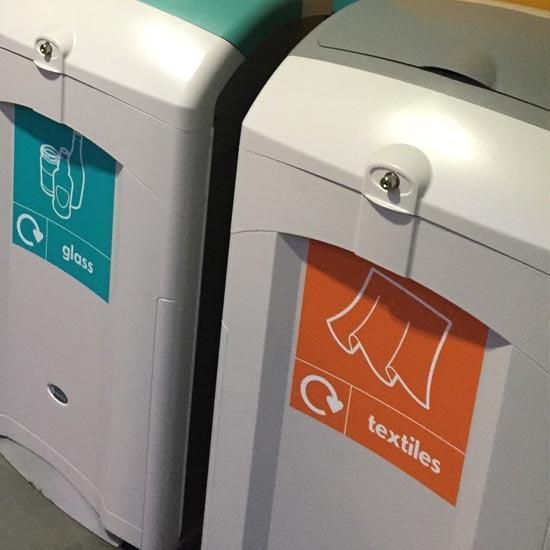 Закрытая мусорная урна для помещений NEXUS 100 GLASDON