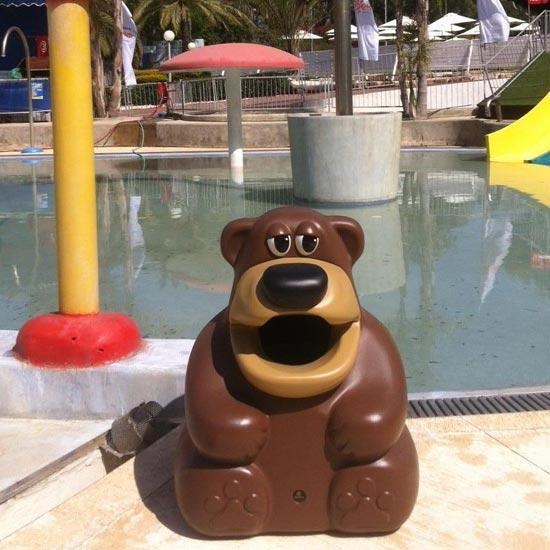 Мусорка в форме медведя