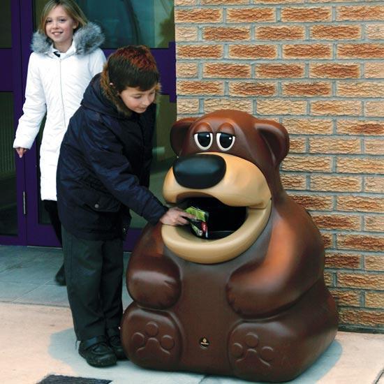 Урна мусорная фигурка медведя