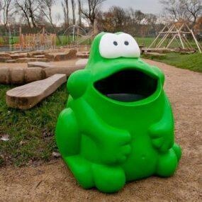 Уличная детская урна лягушка