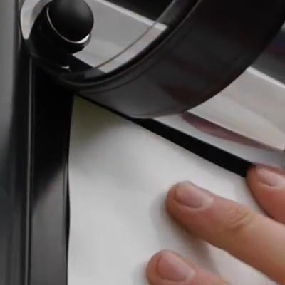 Магнитная лента по периметру рекламного штендера