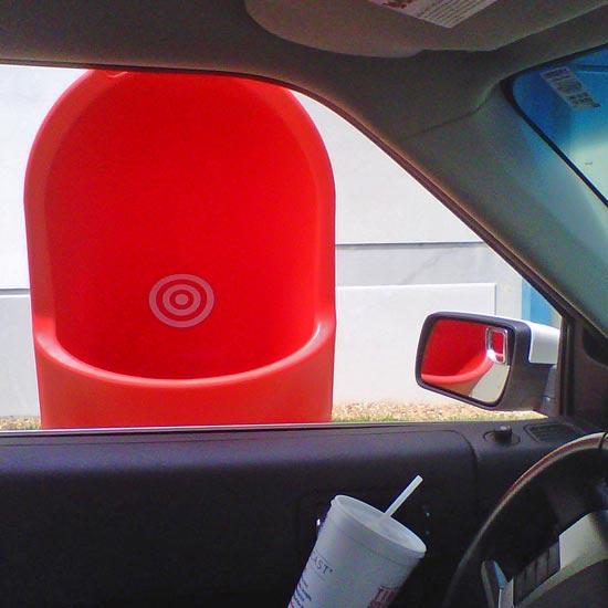 Выбрасывание мусора не выходя из машины COMBO DELTA
