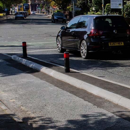 Уличный парковочный столбик EDGELINER