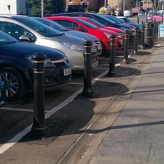 Парковочные тротуарные столбики GLASDON Manchester