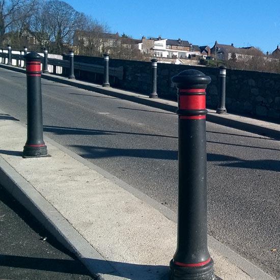 Уличные столбики тротуарные из Англии