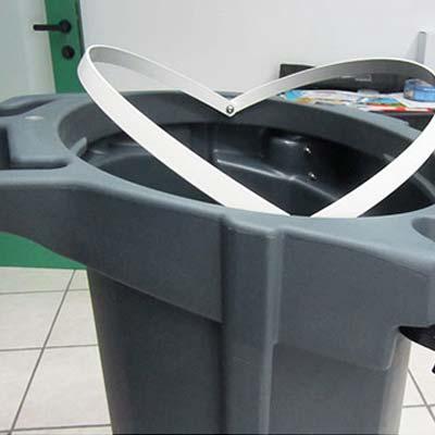 Крепление мусорного пакета дележки для дворника GLASDON