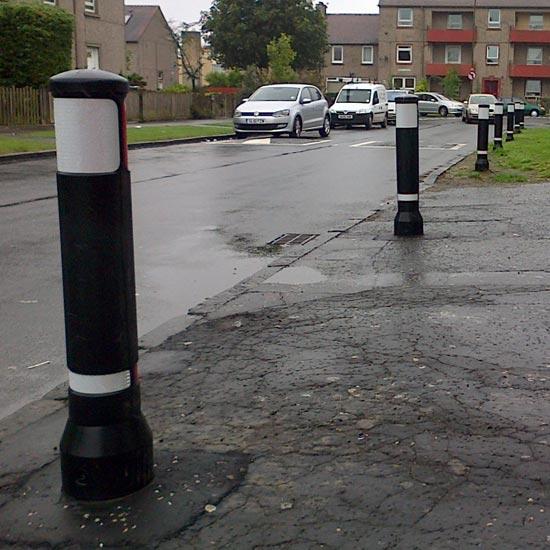 Уличные дорожные ограждающие столбики NEOPOLITAN