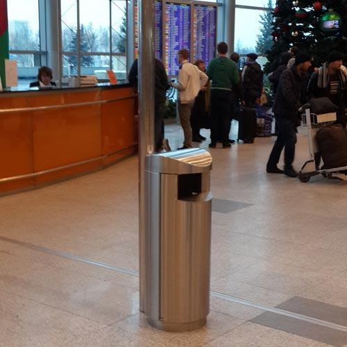 ФинБин мусорные урны в аэропорте Домодедово