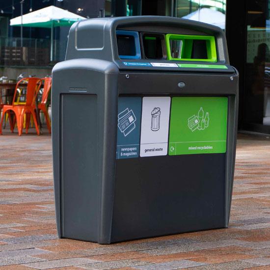Антивандальная мусорная урна для раздельного сбора EVO TRIO